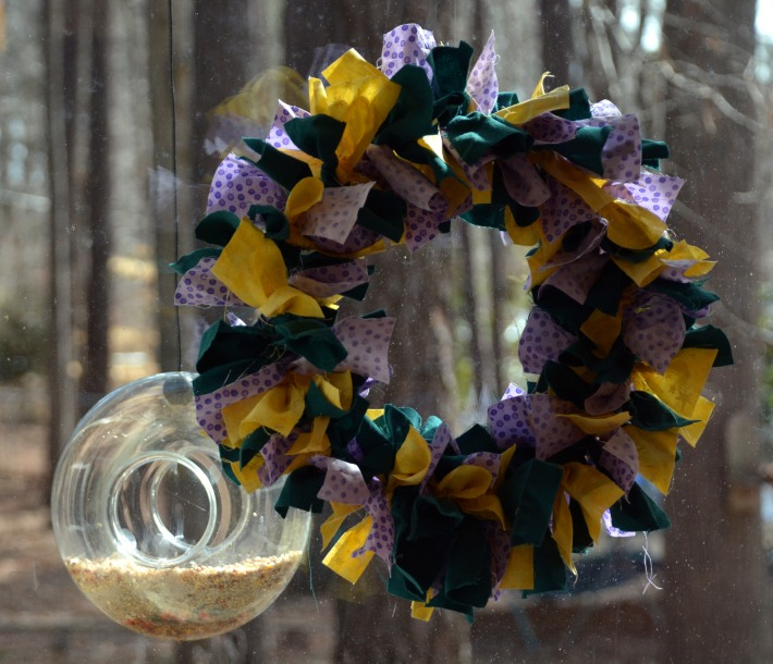 Day 19: Mardi Gras Wreath