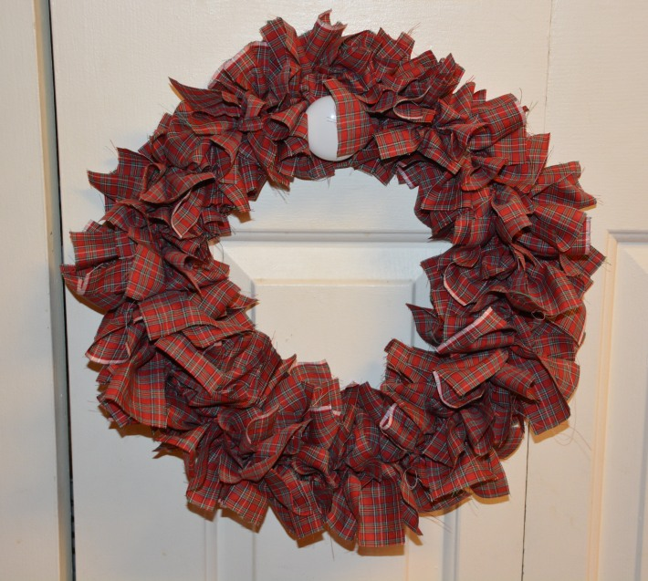 Day 23: Fabric Wreath